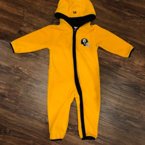 NFL Pittsburgh Steelers baby fleece one piece. M 5bf4a7bd194dad4ac32d627e d872b3f6e
